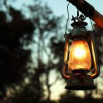 how to choose a camping lantern